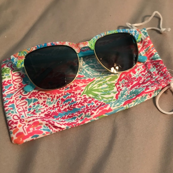 abe0ea0e3b6cce Lilly Pulitzer Accessories | Sunglasses | Poshmark